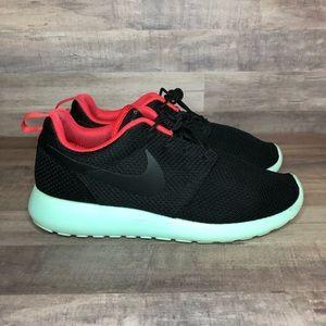 Nike Roshe Run Nike ID Yeezy Sample